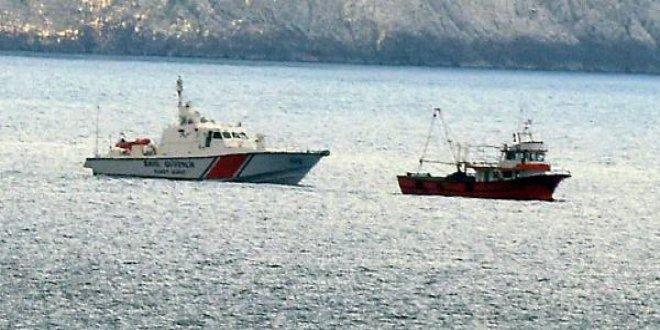 Türk botları, Yunan botlarını, engelledi