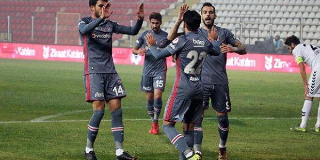 Beşiktaş turladı