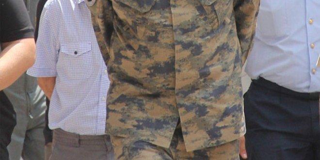 Askerlik Şubesi Başkanı'na, FETÖ'den gözaltına alındı
