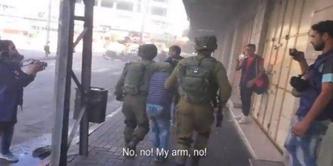 İsrail, Filistinli çocukları gözaltına alıp kafese kapattı