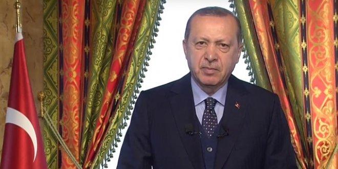 Erdoğan: Kudüs kararının iptali için girişimler başlatıyoruz