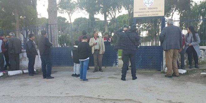 Okul müdürü öğrencileri tarafından öldürüldü