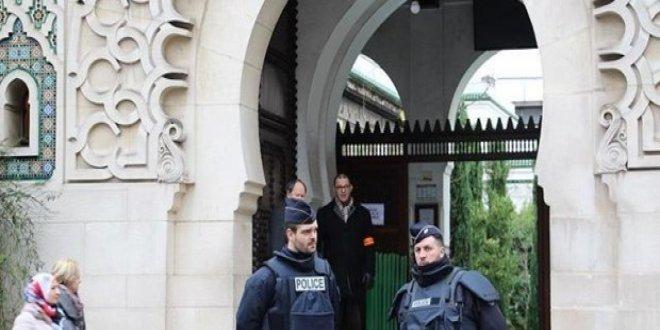 Fransa'da cami kapatıldı