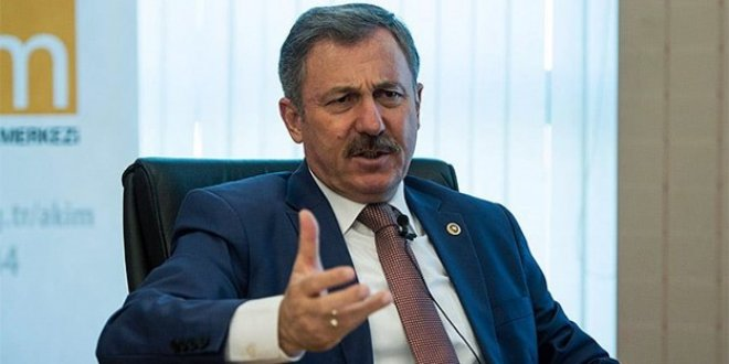 'Deniz Gezmiş' polemiğine AKP'li Selçuk Özdağ'da girdi
