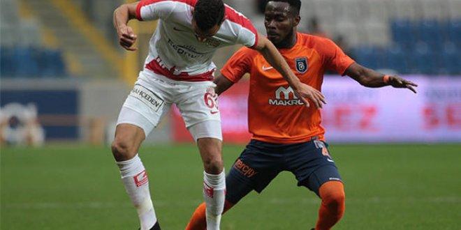 Başakşehir 4-1 Antalyaspor  (Maç Özeti)