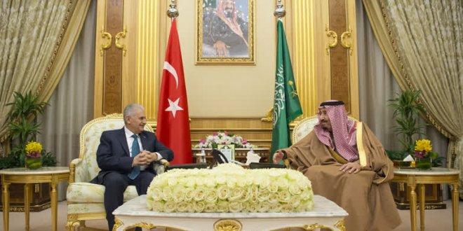 Yıldırım Suudi Arabistan Kralı Selman ile görüştü