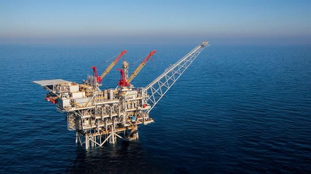 Akdeniz'de 'doğalgaz' gerilimi
