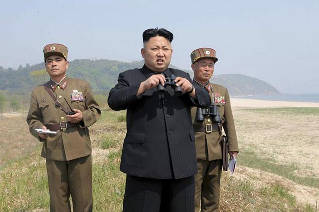 Kuzey Kore lideri Kim Jong: Nükleer düğme masamda
