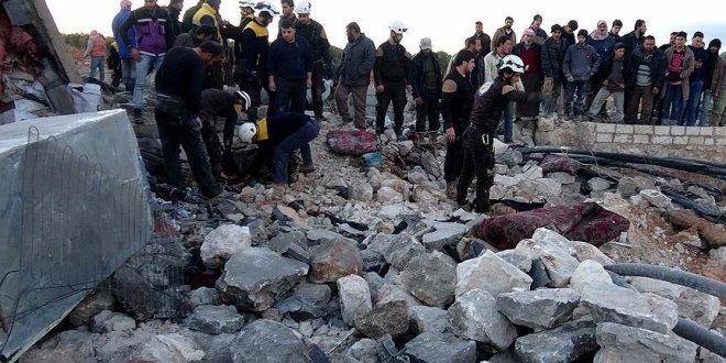 İdlib'e hava saldırısı: 7 ölü