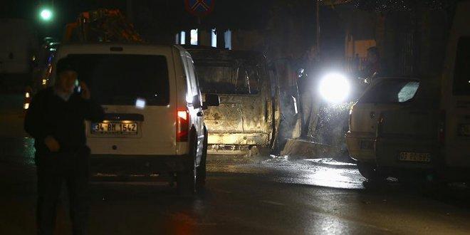 Seyir halindeki polis aracında yangın