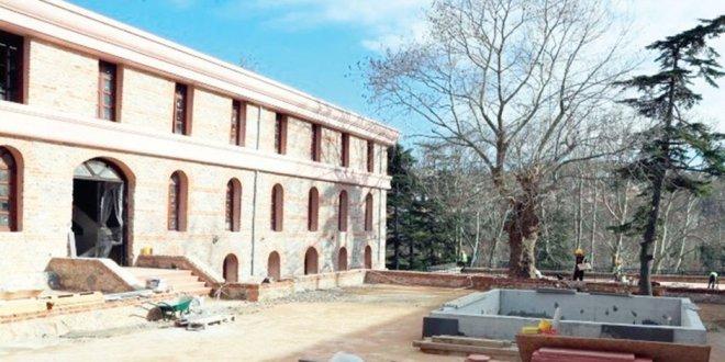 Tarihi Beykoz Kışlası üniversiteye devredildi
