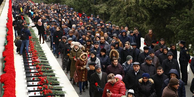 Azerbaycan'da 'Kanlı Ocak' kurbanları anıldı