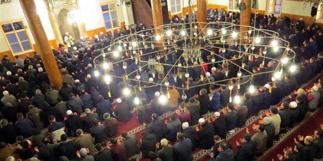 Diyanet: Mehmetçik için 90 bin camide dua edilecek