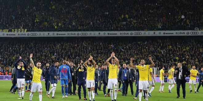 Fenerbahçe ligin ikinci yarısına galibiyetle başladı
