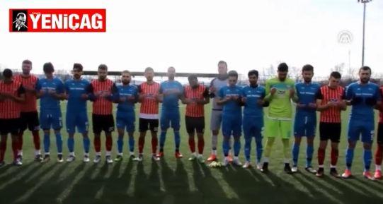 Samsun'da futbolcular, maçtan önce Mehmetçik için dua etti
