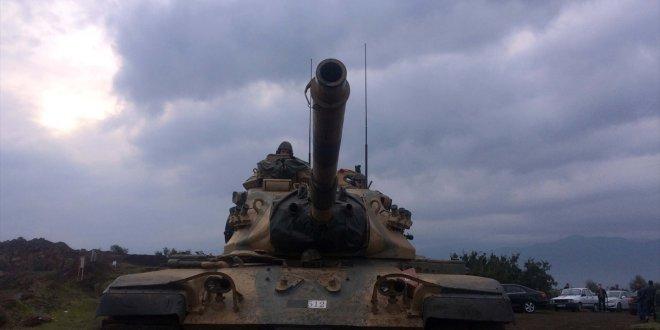 Suriye'de iki farklı strateji!