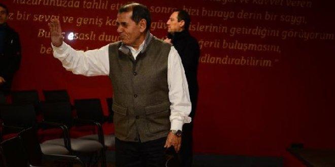 Özbek, Galatasaray'a veda etti