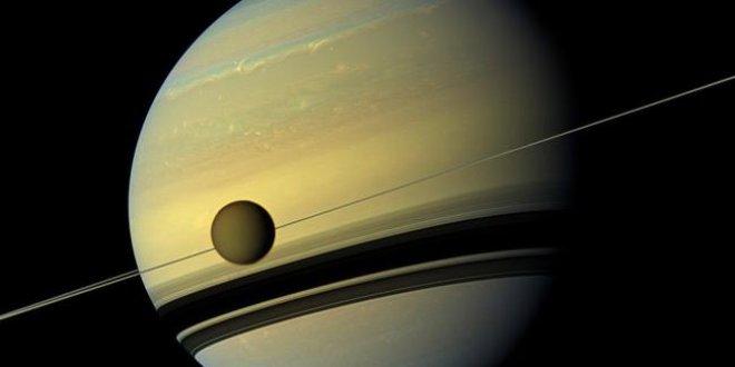 Titan'da yaşam belirtileri bulundu