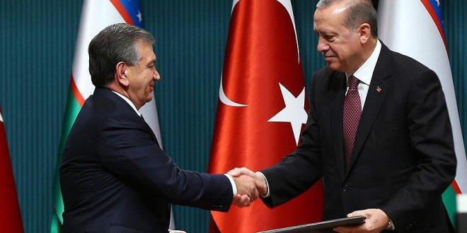 Erdoğan, Mirziyoyev ile görüştü