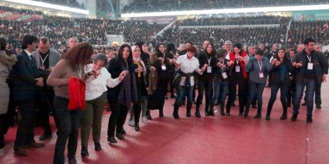 HDP kongresinde 'Yaşasın Afrin direnişi' sloganları