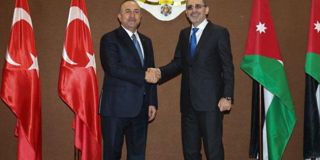 """Çavuşoğlu: """"Suriye ordusu PYD için geliyorsa durmayız"""""""