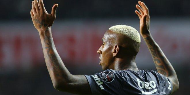 Beşiktaş, Talisca için TFF'ye başvurdu