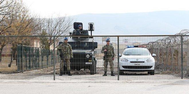 'Albay, darbecilere tepki gösteren vatandaşlara küfrediyordu'