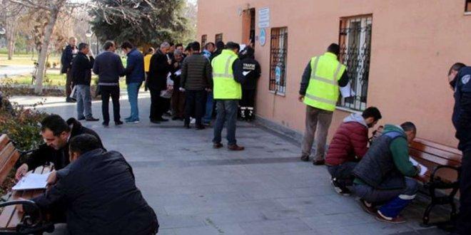 İBB'de kadro bekleyen işçilere şok
