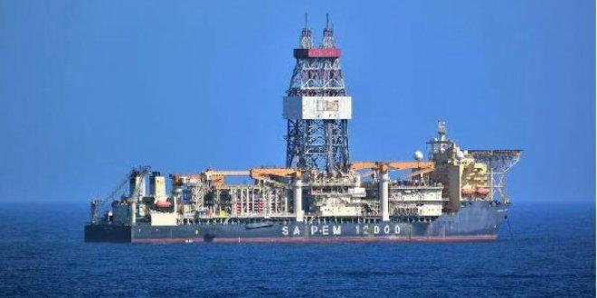 Akdeniz'de gerginliğe sebep olan sondaj gemisi İtalya'ya döndü