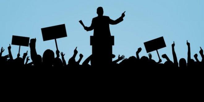 Siyaset üzerine sohbet