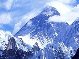 Himalayalardaki dağcılar kurtarıldı