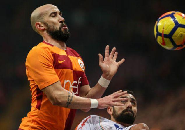 Fatih Terim, 9 oyuncunun biletini kesti