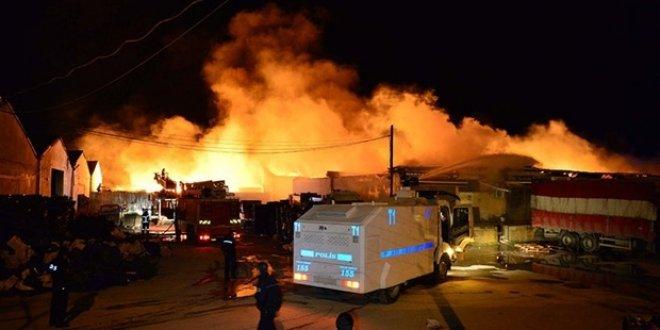Çanakkale Sebze Hali'nde yangın