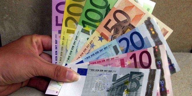 Euro'nun ateşi düşmüyor