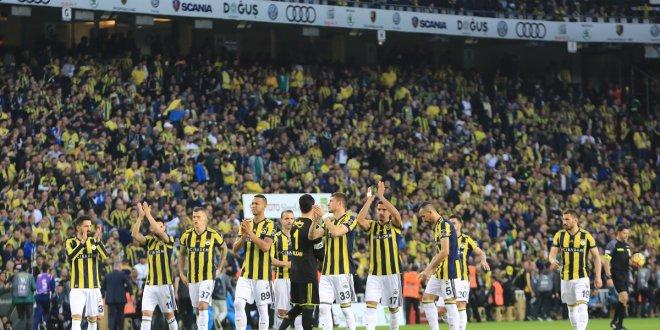 Sosyal medya Fenerbahçe'nin koreografisini konuşuyor