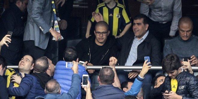 Fenerbahçe tribünlerini karıştıran tezahürat: 1 kişi gözaltına alındı