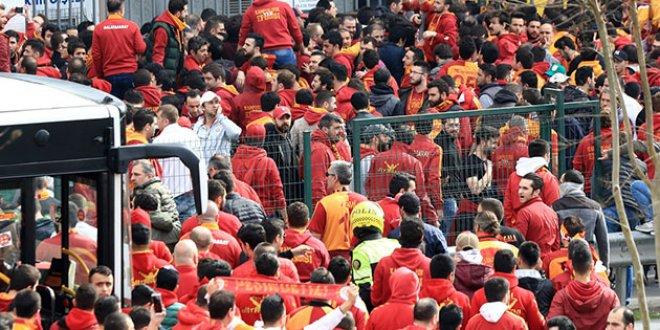 Galatasaray'dan taraftara mesaj