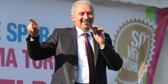 """Mevlüt Uysal'dan """"oy verene metro"""" açıklaması"""