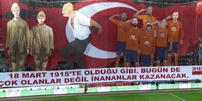 Başakşehir'den Atatürk'süz Çanakkale Koreografisi