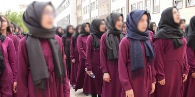 İmam Hatip okuyan kızlar Diyanet'te iş bulamıyor