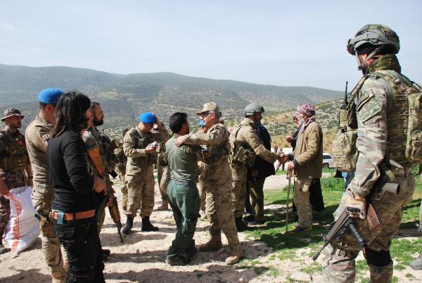JÖH ve PÖH'ler, Afrin'de sivillerin dertlerini dinledi