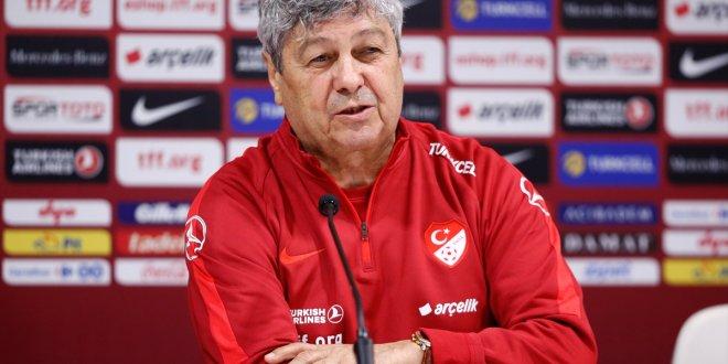 Lucescu: Herkes 10 numara olarak oynamak istiyor