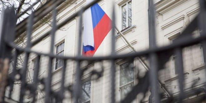 İngiltere'nin ardından iki ülke daha Rus diplomatları sınır dışı ediyor!