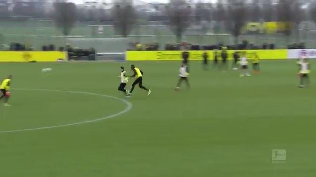 Usain Bolt ilk golünü attı