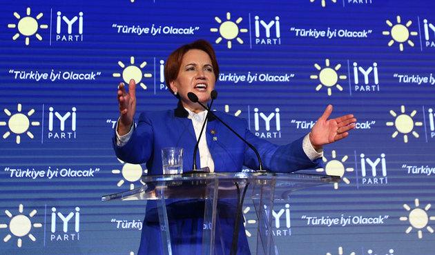 Akşener, Trabzon'da vatandaşlarla kucaklaşacak