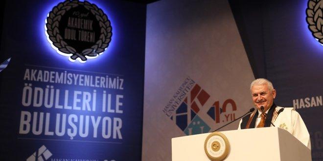 Yıldırım: Hiçbir bedel ödemeyenler bol bol Türkiye'yi eleştiriyorlar