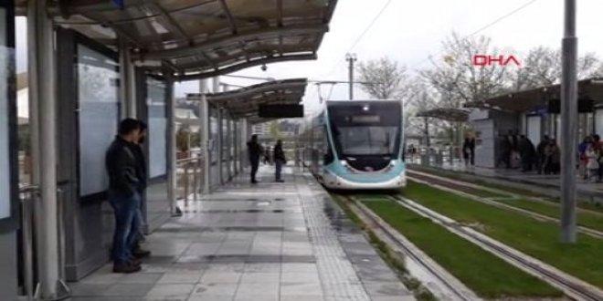 İzmir'de tramvay heyecanı