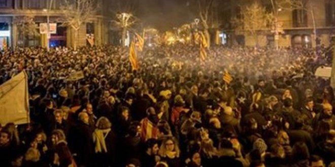 Katalonya'da protestolar devam ediyor