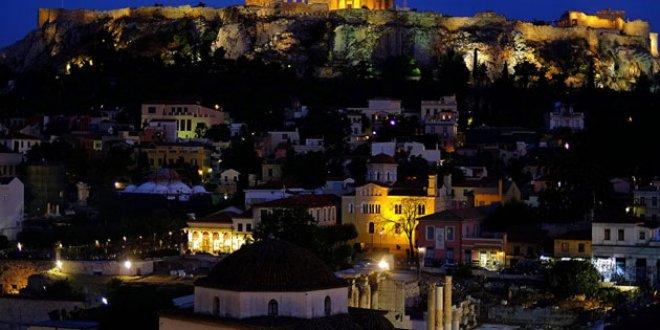 Atina'da FETÖ Operasyonu
