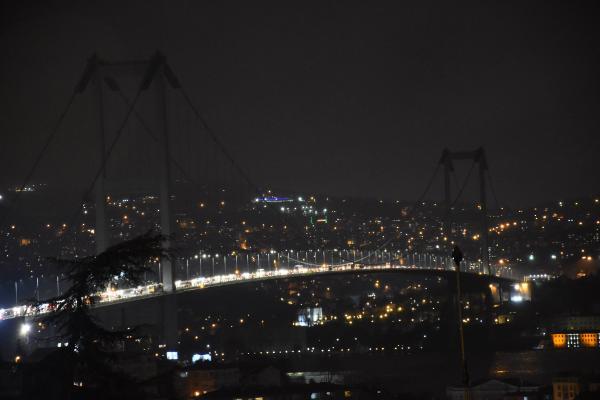 İstanbul karanlığa gömüldü